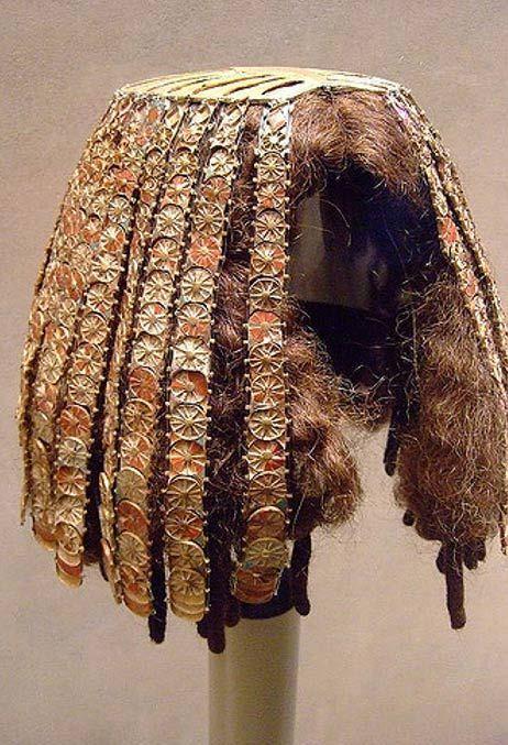 Perruque de la 18ème dynastie sous le règne de Thoutmosis